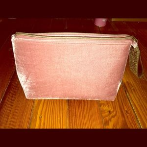 Ulta Beauty Pink Velvet Beauty/Makeup Bag